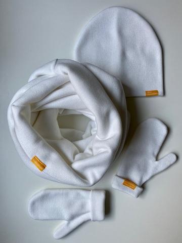 Комплект с варежками белый из итальянской шерсти