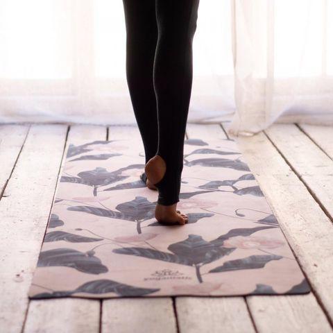 Коврик для йоги Нежность 173*62*0,3 см из микрофибры и каучука