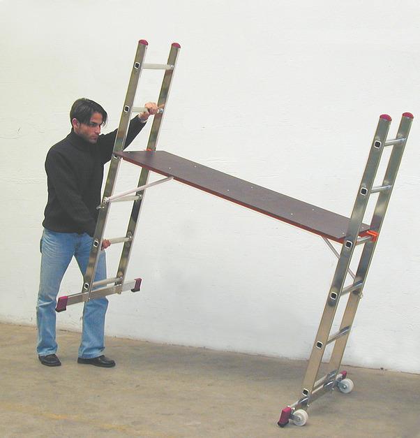 Лестничные подмости CORDA 2х6,с роликами
