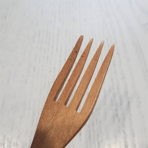 Деревянная ложка-вилка (уценка 30%)