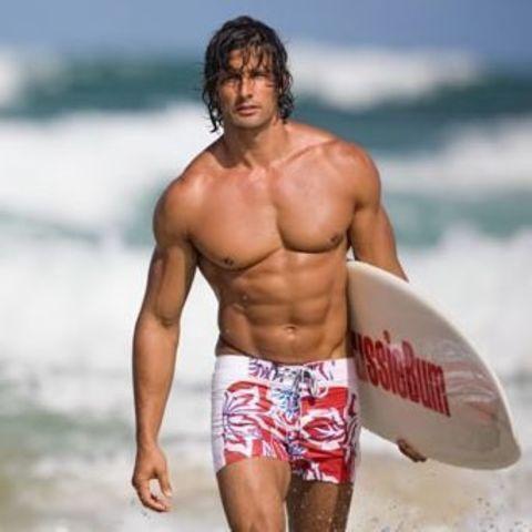 Мужские плавательные шорты белые с красной вставкой AussieBum Shorts Combi