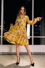 Платье желтое расклешенное Nadya