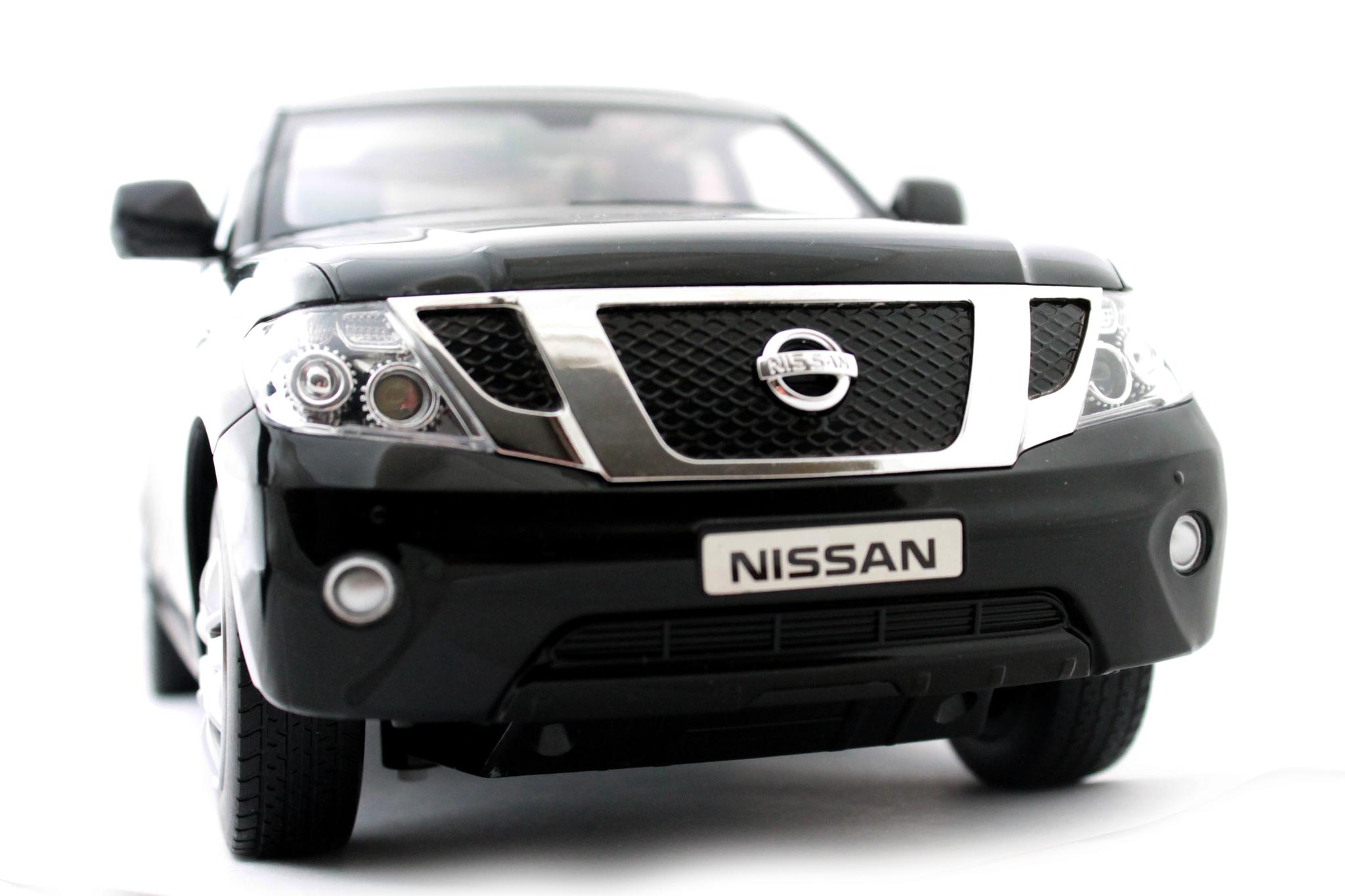 Машинка Nissan Patrol на радиоуправлении
