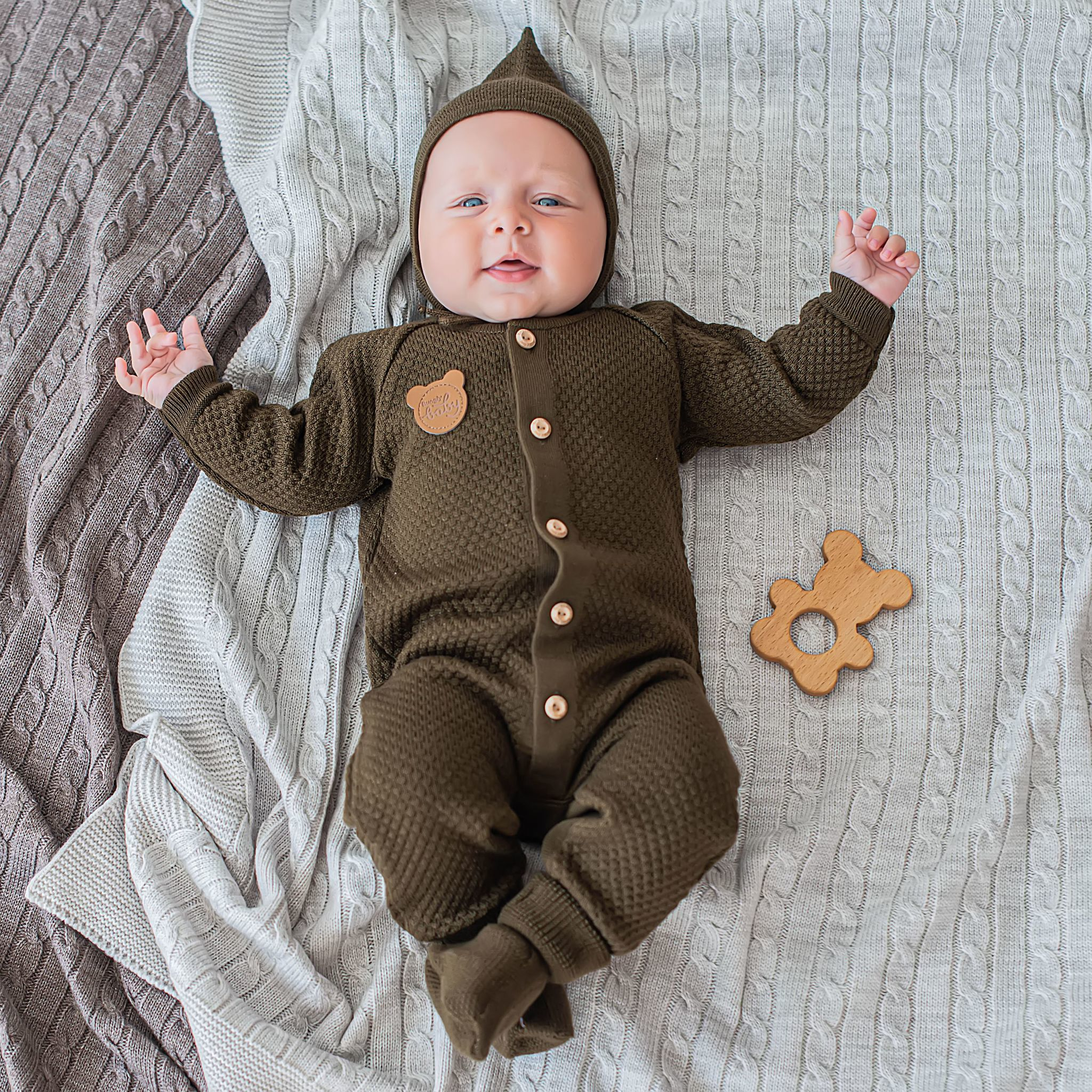 Knitted jumpsuit 0+, Chocolate Biscuit