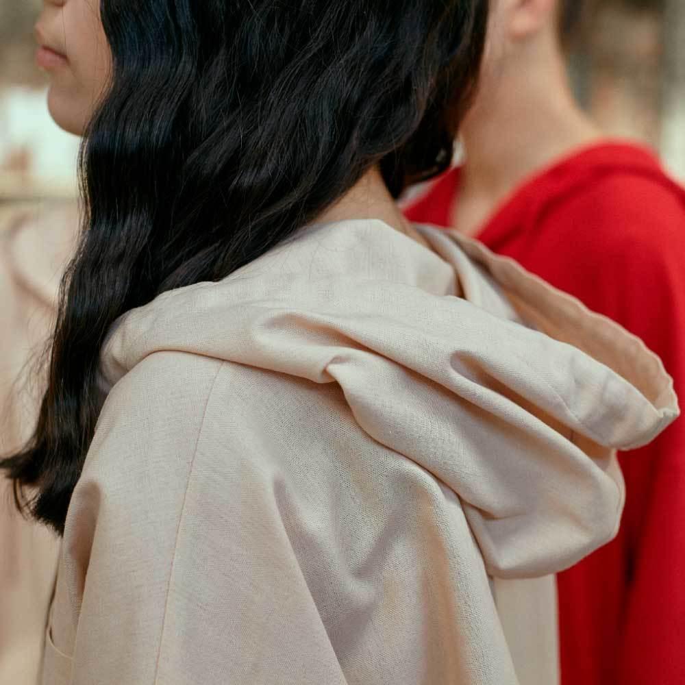 Підлітковий костюм з льону для дівчаток в бежевому кольорі
