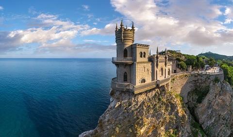 Картина раскраска по номерам 50x65 Замок на скале у моря