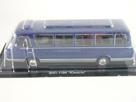 ZIL-118K Yunost blue-silver 1:43 DeAgostini Auto Legends USSR Best #11