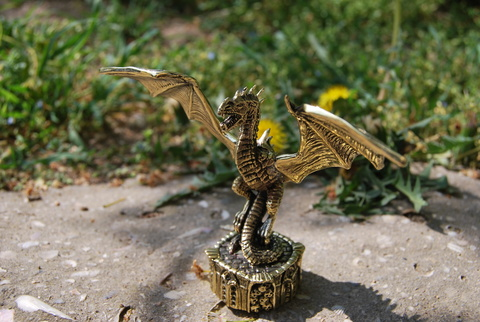 Дракон Фигурка
