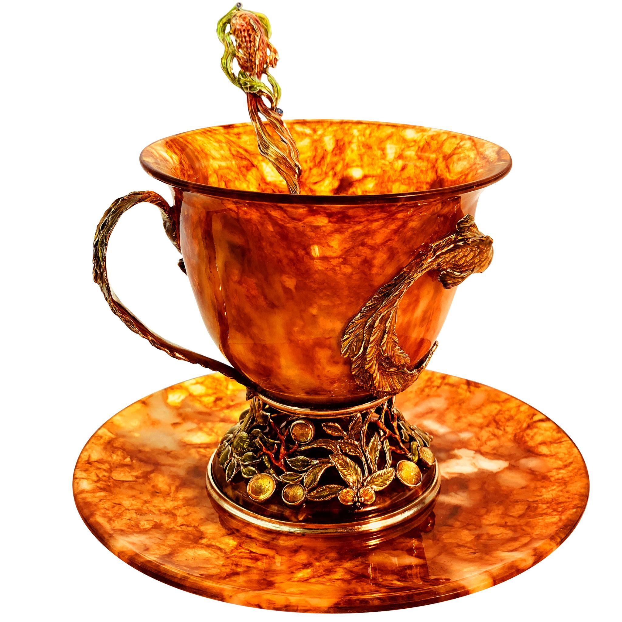 янтарная чашка