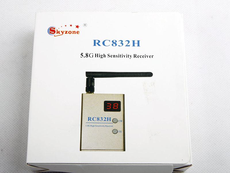 Упаковка приёмника Skyzone RC832H