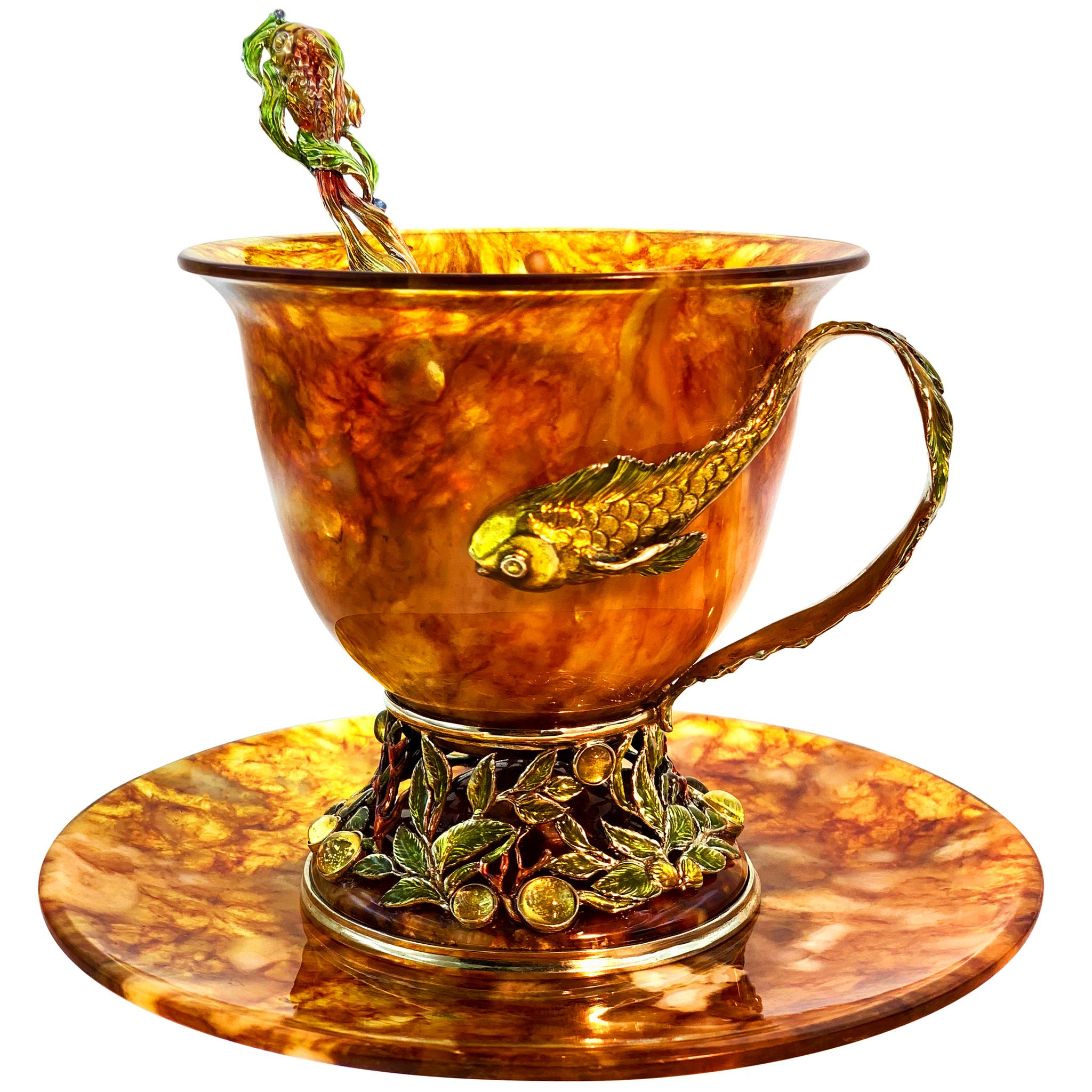 чашка из янтаря