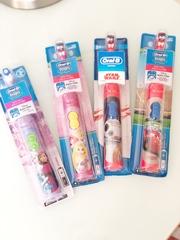 Электрическая зубная щетка  Oral-b детская (Star Wars) + таймер в подарок