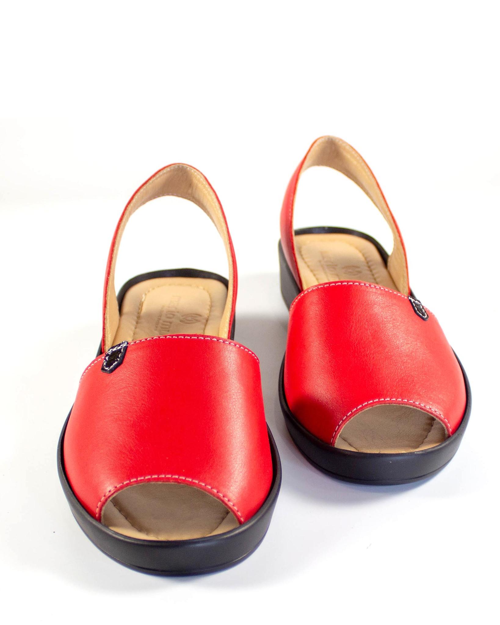 красные босоножки Mario Muzi