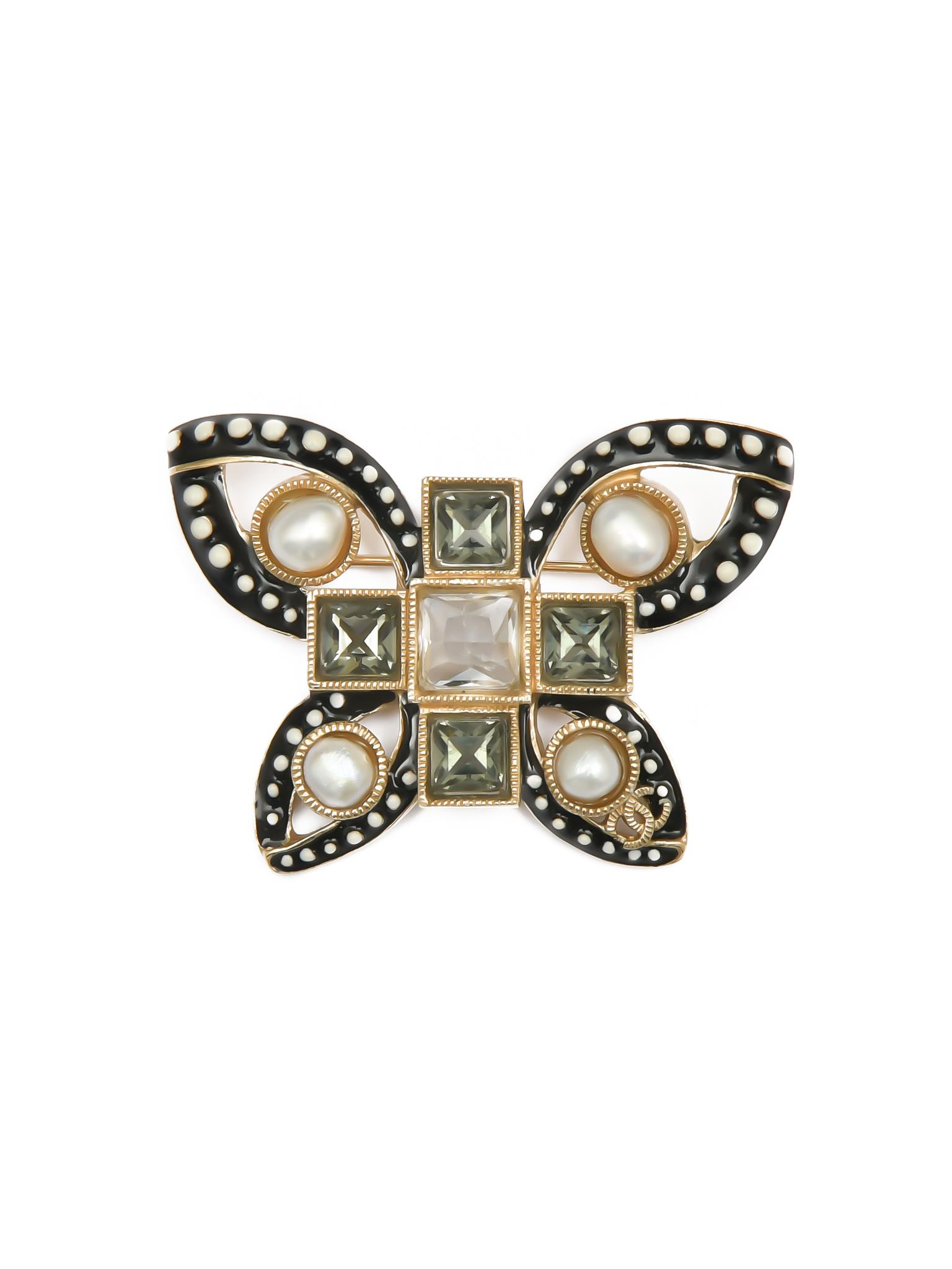 Анималистическая брошь Chanel в виде бабочки, весенняя коллекция 2015 г.