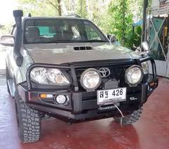 Бампер Delux Black Commercial TOYOTA HILUX 2005-2011г.в