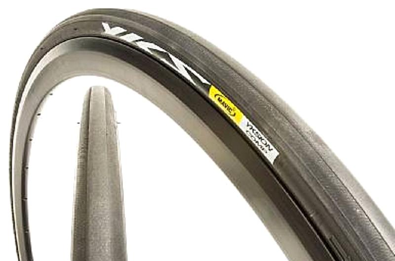 Покрышка Mavic 32837925  Yksion Comp Black/Black/Bk 25, 32837925, профессиональные покрышки для шоссе, для использования на сухом асфальте. Цвет - черный