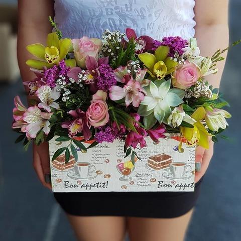 Ящик с цветами Июнь 2