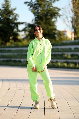Салатовый спортивный костюм nadya