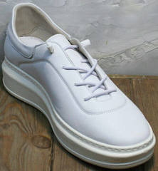Белые кожаные женские кеды без шнурков Rozen M-520 All White.