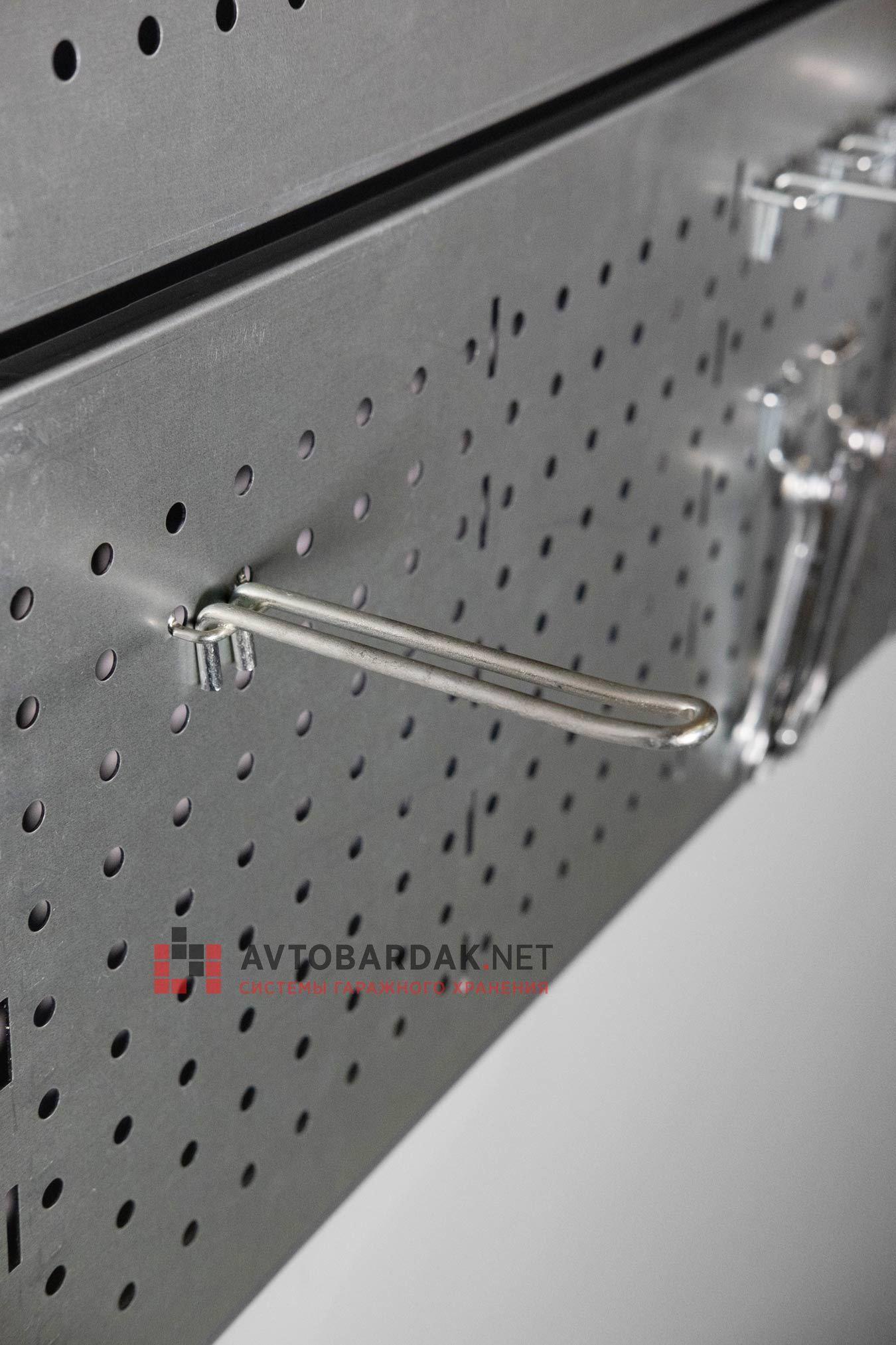 Двойной крючок (1 шт.) длиной 120 мм на металлическую перфопанель