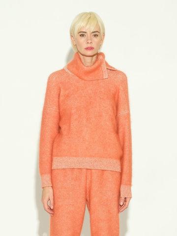 Женский свитер терракотового цвета из мохера и кашемира - фото 2
