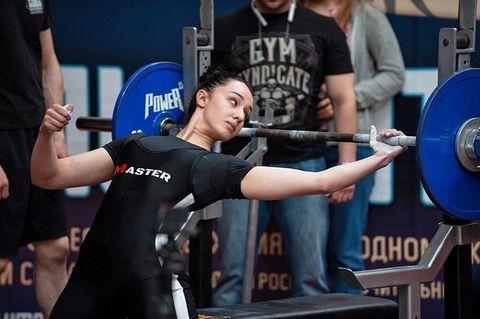 Женское трико для пауэрлифтинга и тяжелой атлетики. Модель