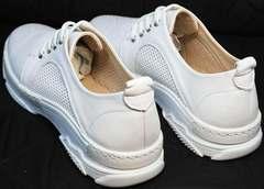 Полуспортивные женские туфли с перфорацией Derem 18-104-04 All White