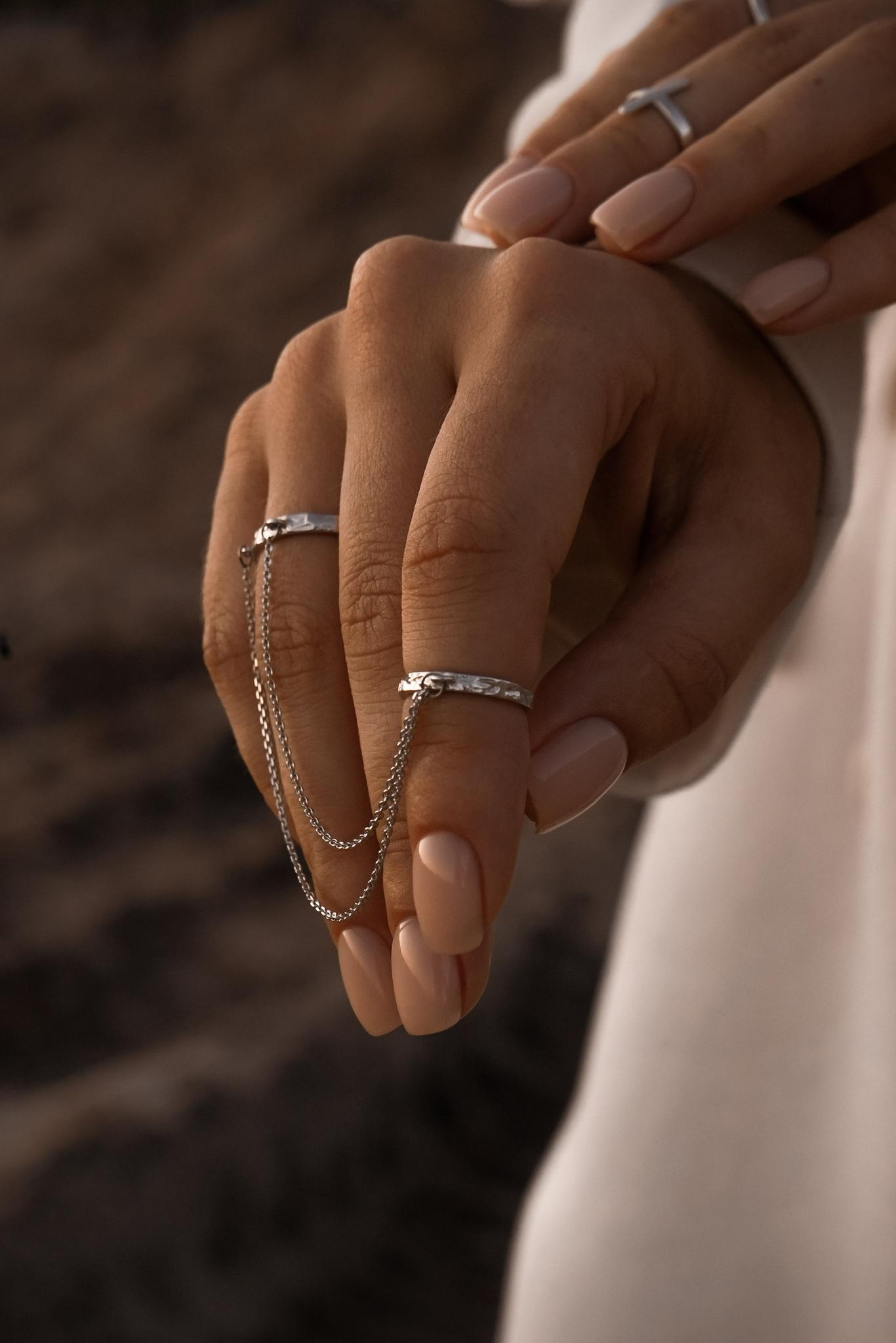 Серебряные двойные кольца