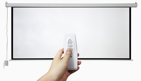Экран электрический моторизированный с ду (1 : 1) 240 x 240 см, диагональ 133