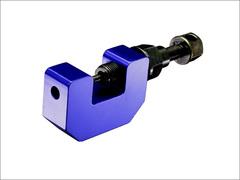 Инструмент для расклепки цепи клепальник DRC D59-16-352 синий