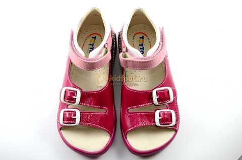 Босоножки Тотто из натуральной кожи с открытым носом для девочек, цвет малиновый розовый. Изображение 9 из 12.