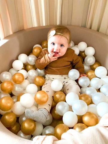 Сухой бассейн комплект № 147 (70/30) Golden ball 150 шаров