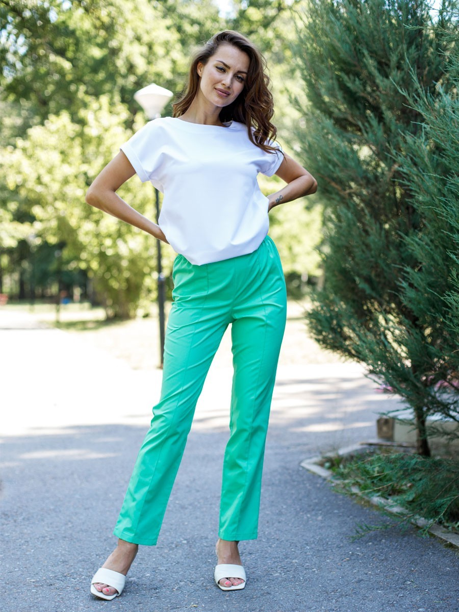 Купить Зеленые женские брюки Б-101/2 ТС-120 MediS.moda