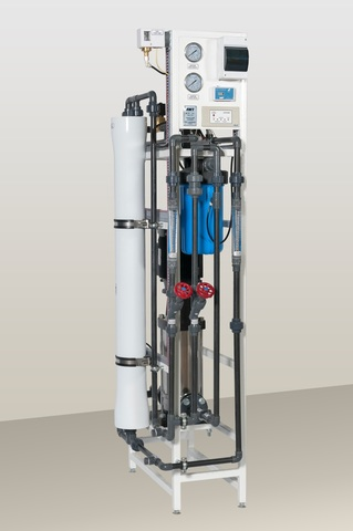 AWT RO-250 (1/4040) - установка обратного осмоса с насосом (до 0,25 м3/ч)