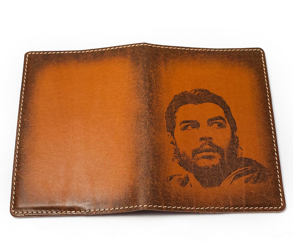 BY14-18-03 Обложка на паспорт с «Че Геварой» фото 02