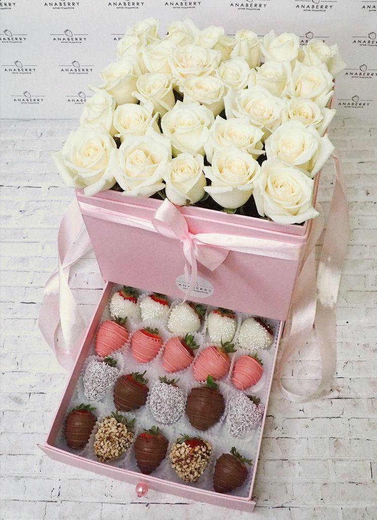 Шкатулка с розами и клубникой в шоколаде №3