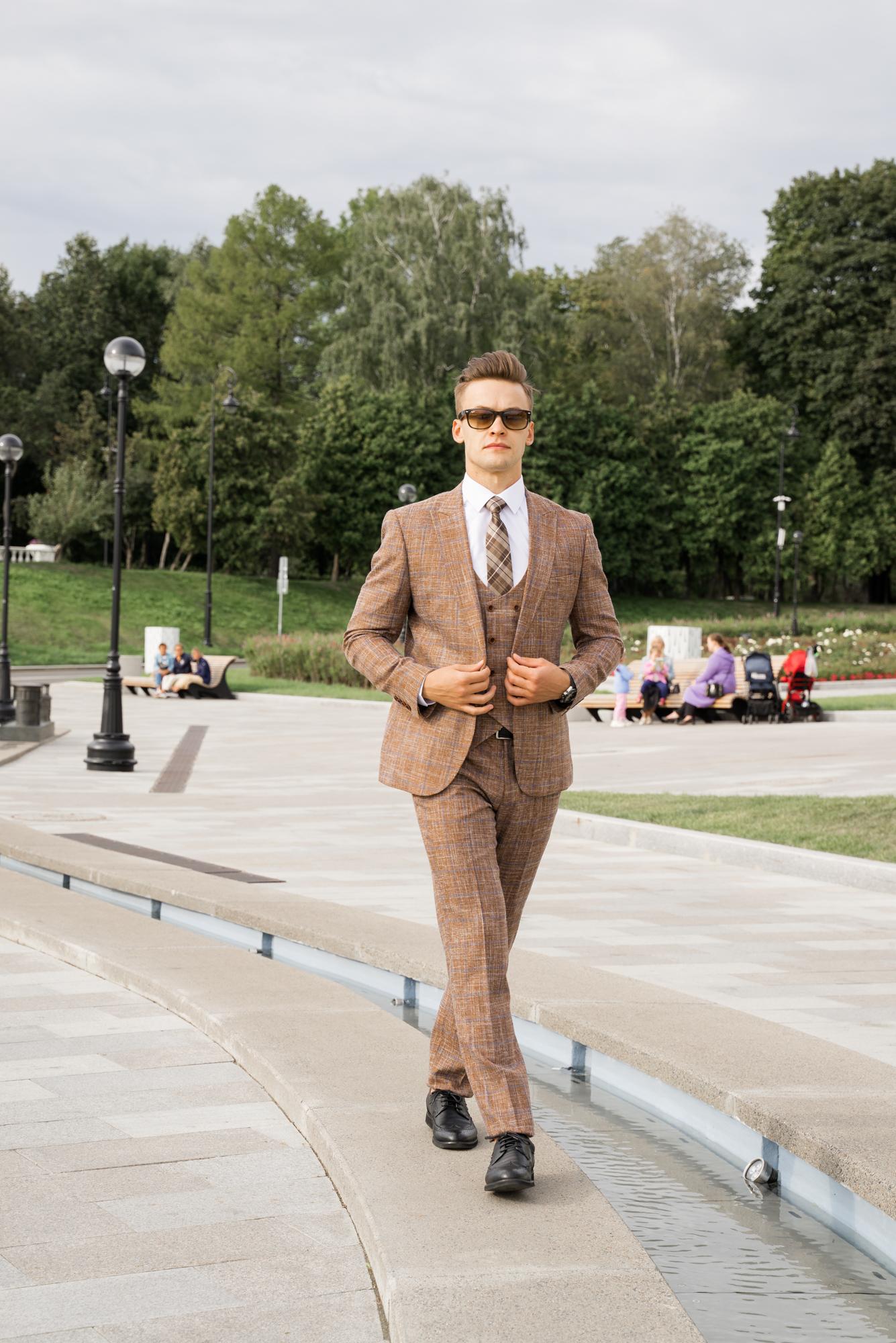 Мужские костюмы оптом Костюм мужской Tossaro DSC04783.JPG