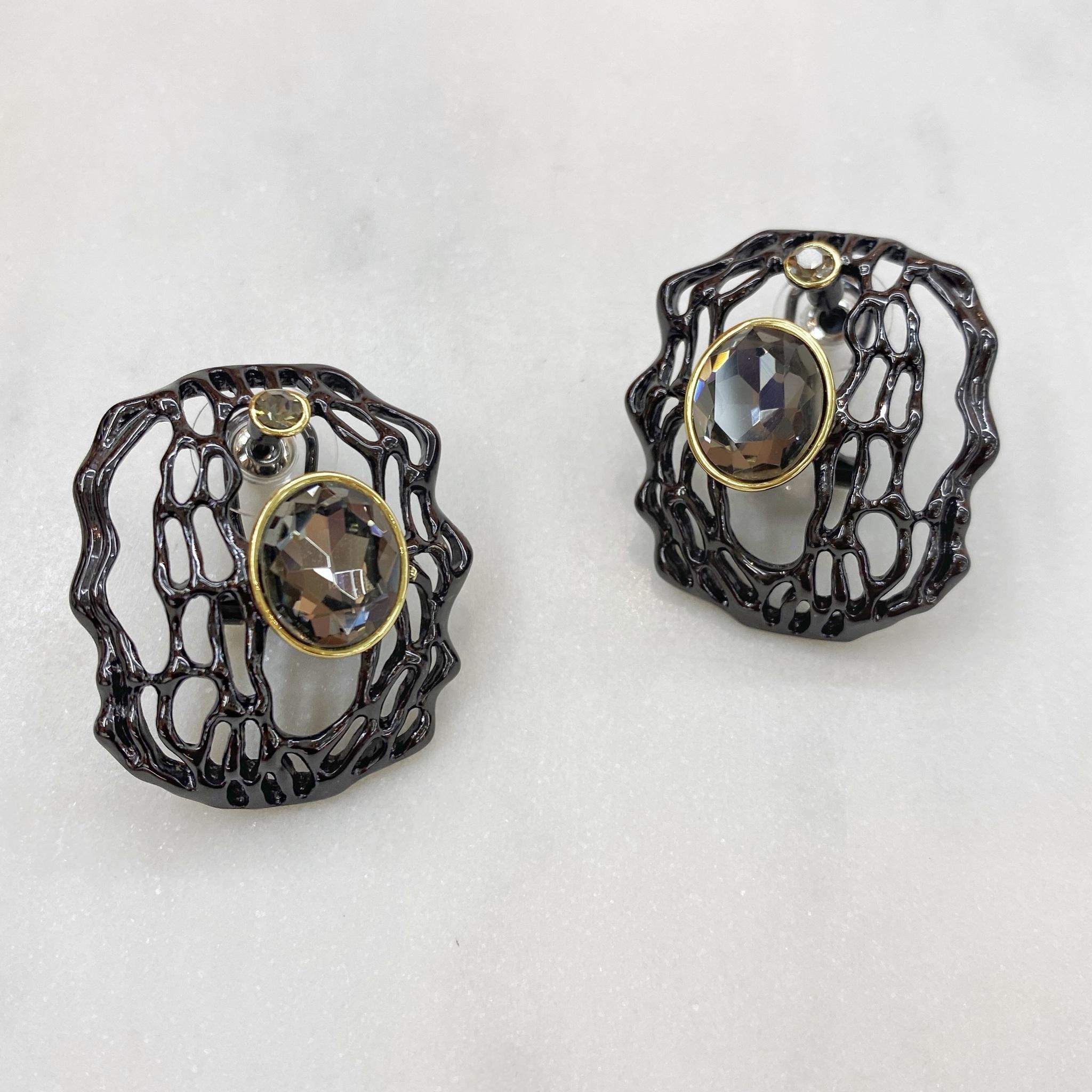 Серьги ажурные с кристаллом (черный/серый) Vi  (Авангард)