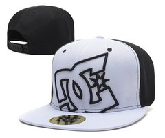 Кепка DC Shoes (Бейсболка) черно-белая