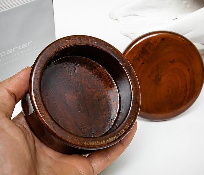 RAZ510-2 Чаша «PARKER» для мыла из дерева манго, темно-коричневая фото 06