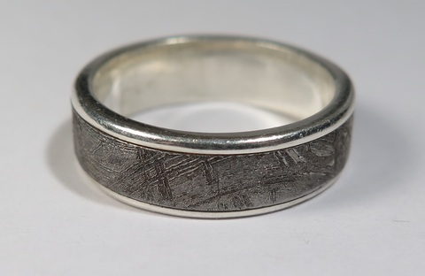 Кольца на заказ из метеорита Сеймчан и серебром