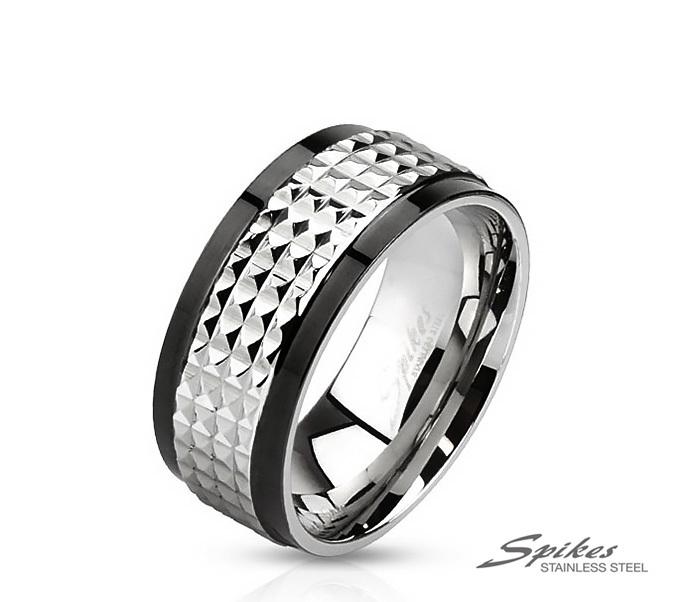 R-M2859 Мужское кольцо из ювелирной стали с рельефной вставкой, «Spikes»