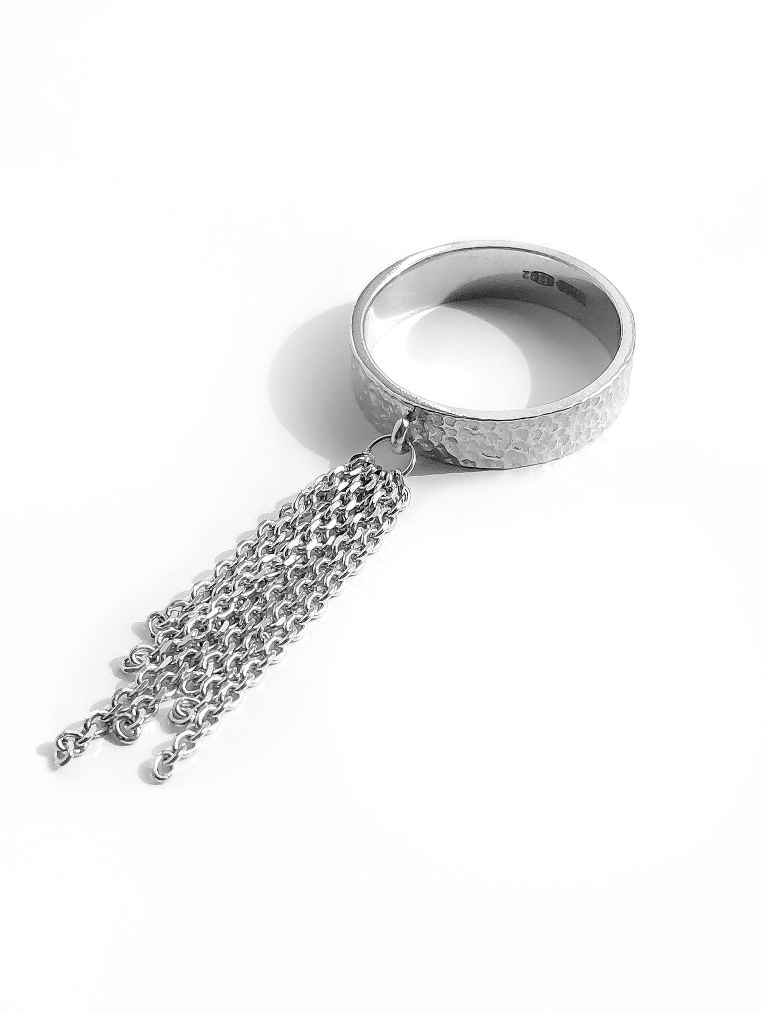 Серебряное кольцо-кисть