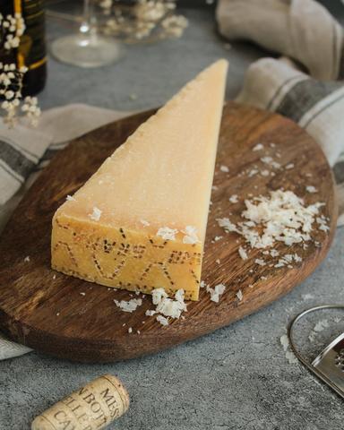 Сыр Пармезан 18 мес, кг