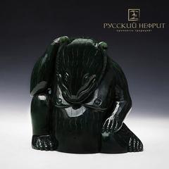 Китайский медведь. Зелёный нефрит.