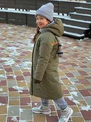 Детский пуховик прямого силуэта
