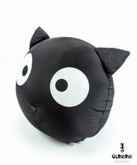 Подушка декоративная Gekoko «Трансформер-подголовник Черный кот» 5