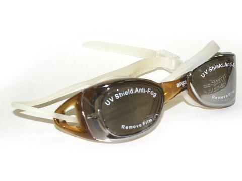 Очки для плавания, материал оправы - силикон, зеркальные линзы с защитой от UV-лучей, антизапотевающее покрытие, автоматическая система регулирования ремешков, беруши в комплекте. Пластиковая упаковка :(WG42А):