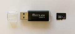Карта памяти microSD 16 ГБ с USB адаптером