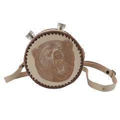 Фляга круглая в кожаном чехле Медведь, 1 л, фото 1